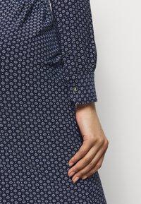 Lauren Ralph Lauren - STRETCH - Robe en jersey - french navy/pale - 5