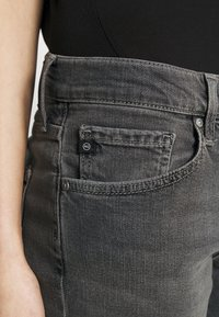 AG Jeans - EX BOYFRIEND - Jeans Tapered Fit - physical grey - 3