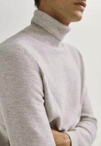 Massimo Dutti - Trui - beige - 3