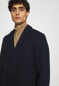Selected Homme - SLHHAGEN  COAT  - Classic coat - dark sapphire - 4