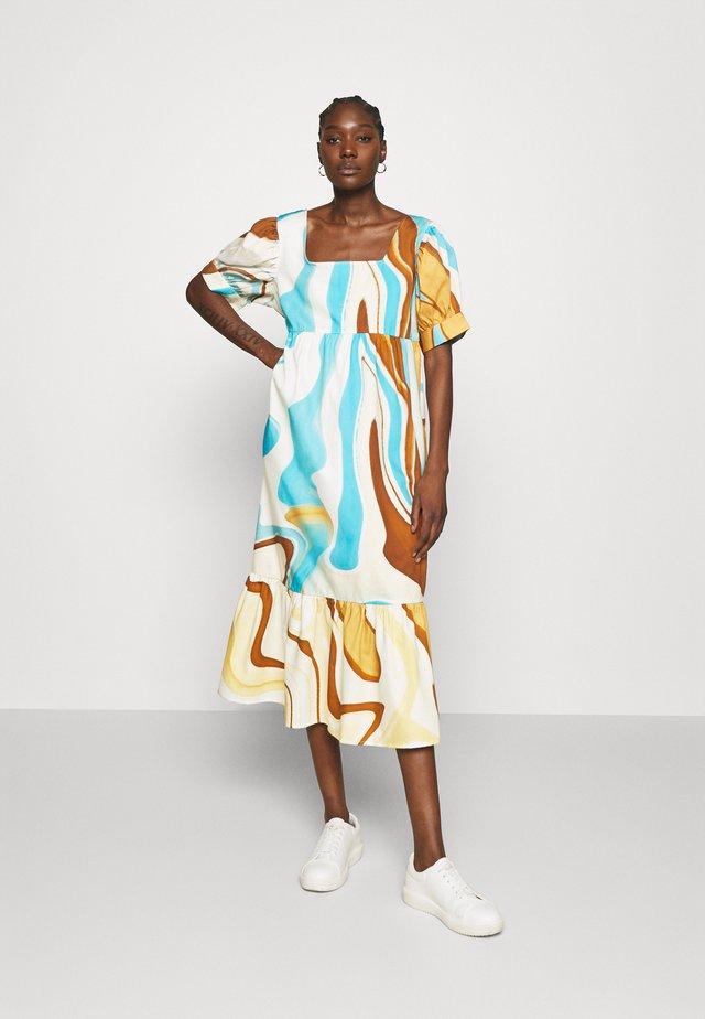 AGNETHE LONG DRESS - Denní šaty - desert liquid blue