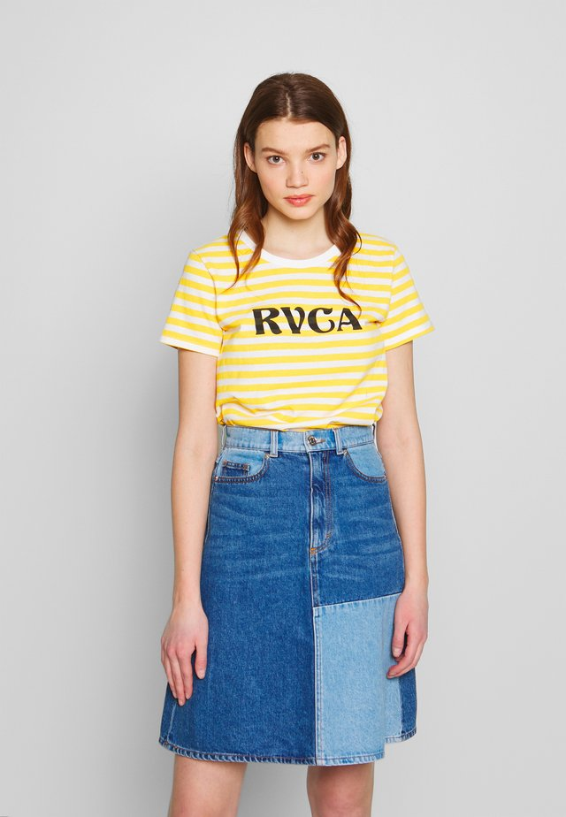 MURPHY STRIPE TEE - Print T-shirt - yellow