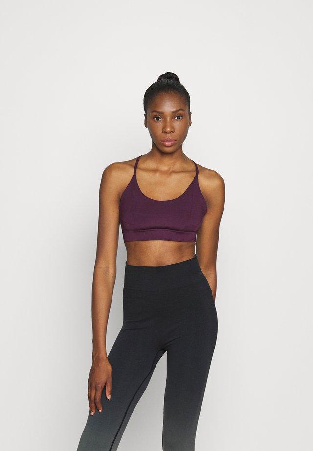 STRAPPY TWIST BRALET - Sportovní podprsenka - purple