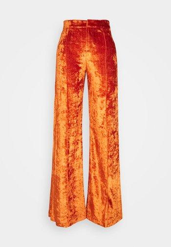 SITA PANTS - Trousers - cinnamon