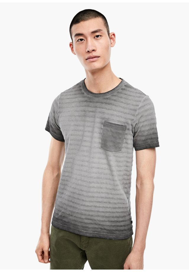 T-SHIRT - Print T-shirt - black stripes