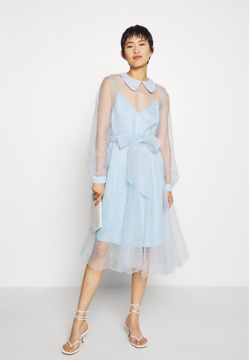 Custommade - LIDI DRESS - Robe de soirée - chambray blue