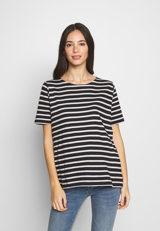 BRETON SHORT SLEEVED TOP - Print T-shirt - dark blue / off white