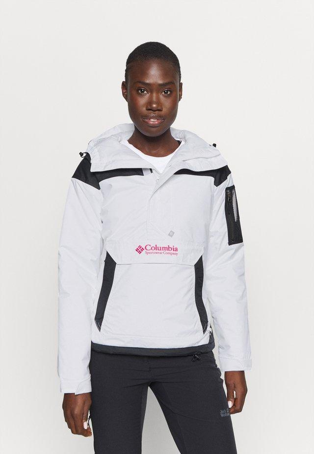 CHALLENGER - Zimní bunda - white/black