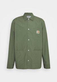 Carhartt WIP - CREEK - Camisa - dollar green - 0