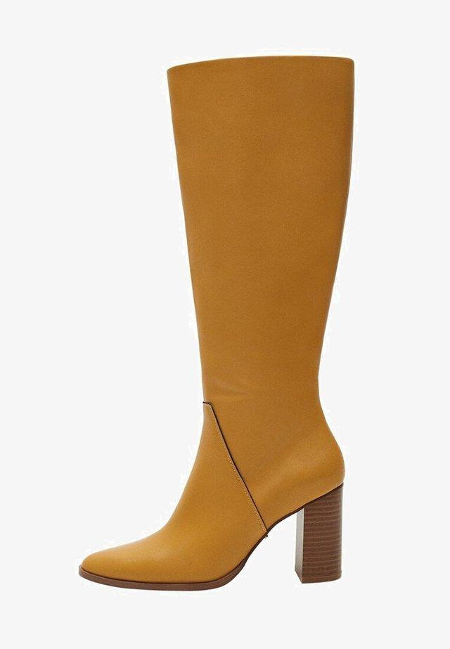 KOŽENÉ - Boots - hořčice