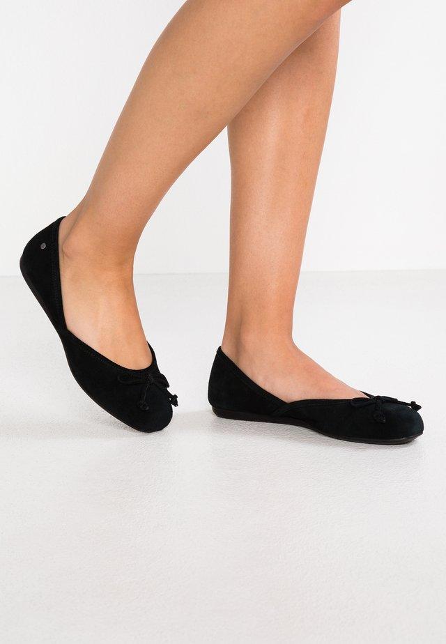 LENA FLAT - Ballerinat - black