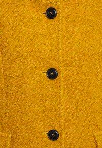 Barbara Lebek - Classic coat - curry - 2