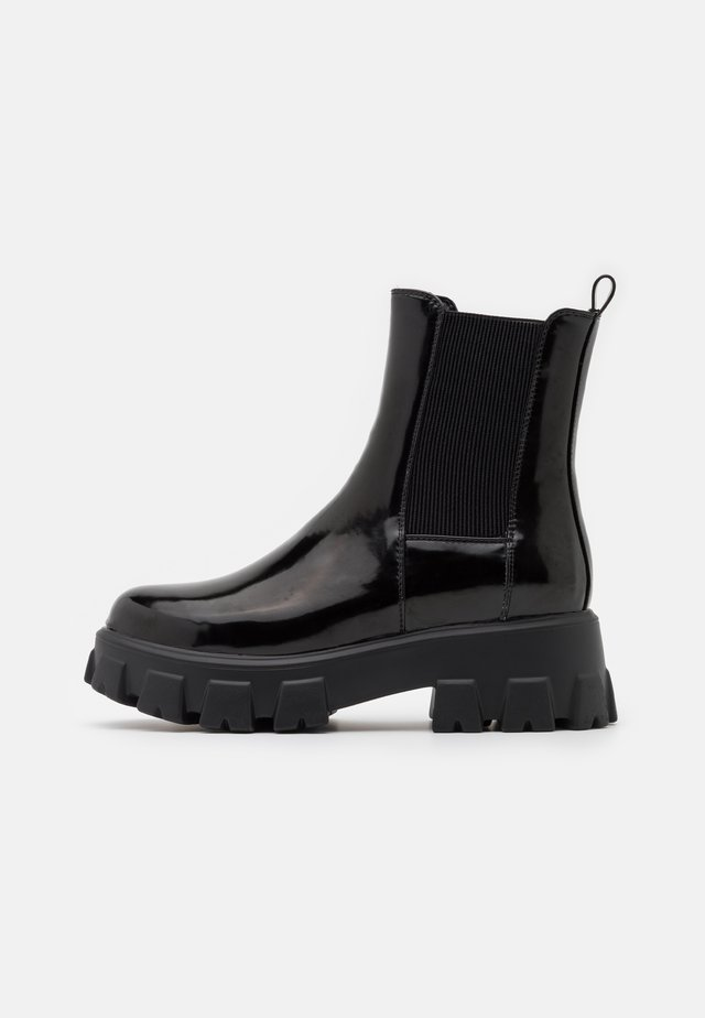 CHUNKY SOLE BOOTS - Bottines à plateau - black