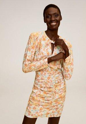 FRUNCIS-I - Pouzdrové šaty - rose
