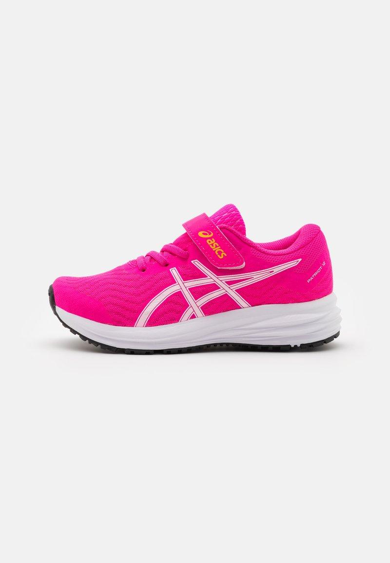 ASICS - PATRIOT 12 UNISEX - Chaussures de running neutres - pink glo/white
