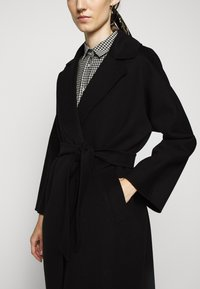 WEEKEND MaxMara - Classic coat - schwarz - 6