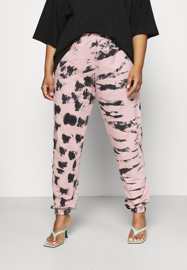TIE DYE - Pantaloni sportivi - pink