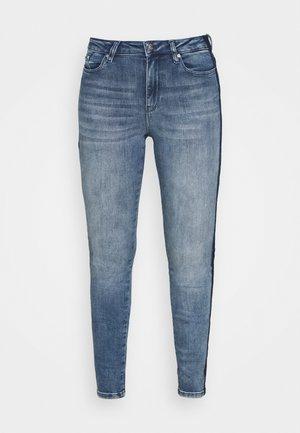 SKINNY DENIM - Skinny džíny - mid blue