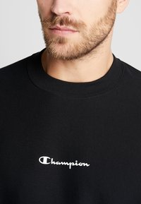 Champion - CREWNECK  - Sweatshirt - black - 5