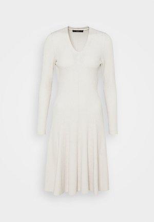 FASHION DRESS - Vestido de punto - cool natural