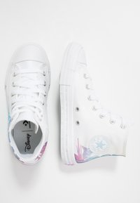 Converse - CHUCK TAYLOR ALL STAR FROZEN - High-top trainers - white/multicolor - 1