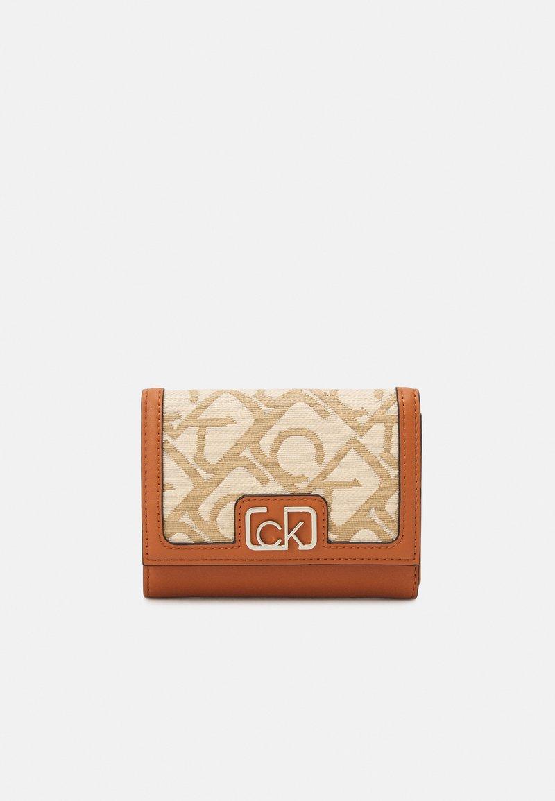 Calvin Klein - TRIFOLD - Wallet - brown