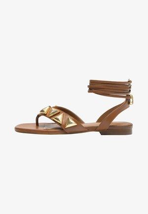 MIT APPLIKATIONEN  - Sandalen met enkelbandjes - light brown
