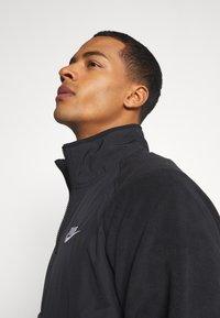 Nike Sportswear - WINTER - Forro polar - black - 3