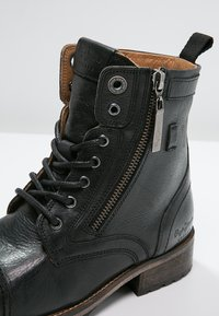 Pepe Jeans - MELTING  - Lace-up ankle boots - black - 5