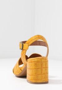Bruno Premi - Sandaler - yellow - 5