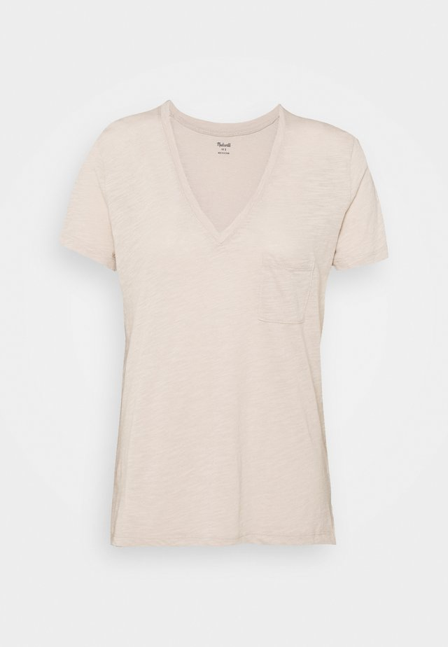WHISPER V NECK POCKET TEE - Basic T-shirt - ashen silver