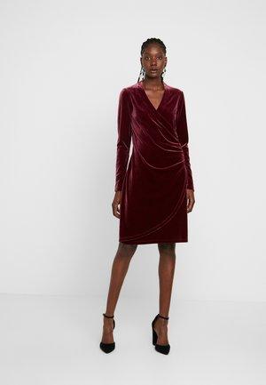 NEISHA - Cocktail dress / Party dress - bordeauxrot