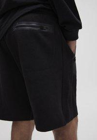 PULL&BEAR - Shorts - black - 5