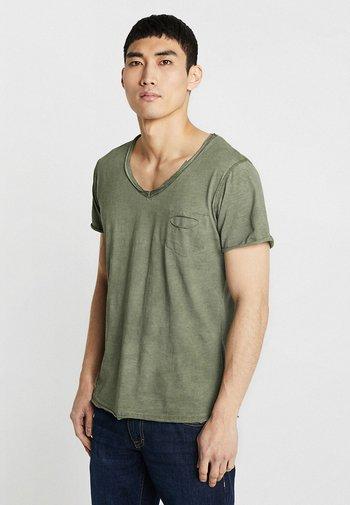 DO NOT USE - T-shirt med print - green