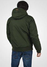 Solid - TILLY - Light jacket - olive - 2