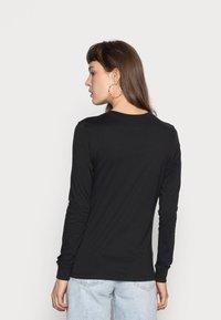 Nike Sportswear - TEE ICON - Maglietta a manica lunga - black/white - 2
