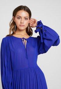 Selected Femme Petite - SLFWILLOW DRESS - Maxiklänning - clematis blue - 4
