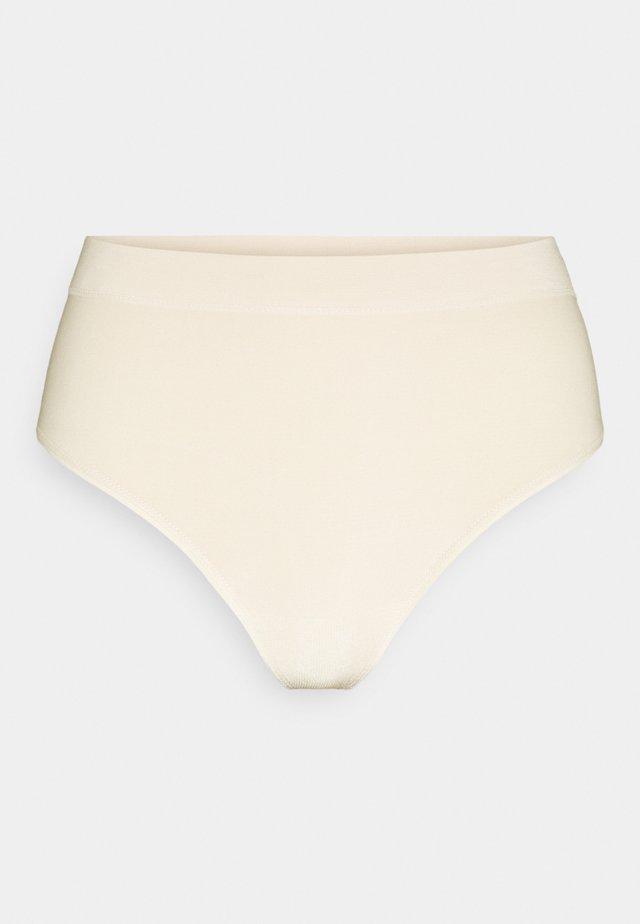 COMFORT THONG BAMBOO - Intimo modellante - cream