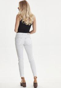 PULZ - PZROSITA - Jeans Skinny Fit - bright white - 2