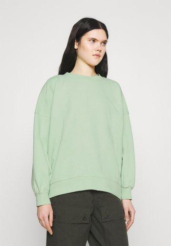 ONLMASE OVERSIZE - Sweatshirts - pastel green