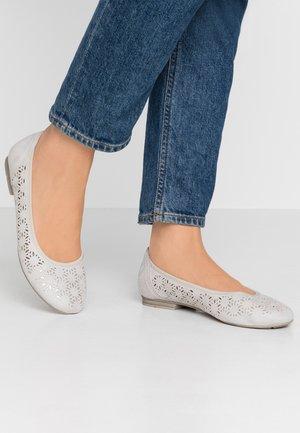 Ballet pumps - light grey