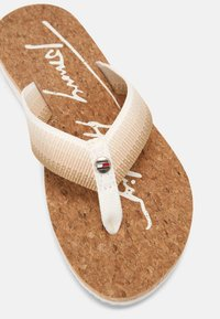 Tommy Hilfiger - GRADIENT BEACH  - Pool shoes - ecru - 7