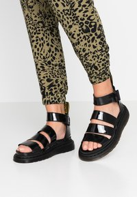Dr. Martens - CLARISSA II - Sandály na platformě - black - 0