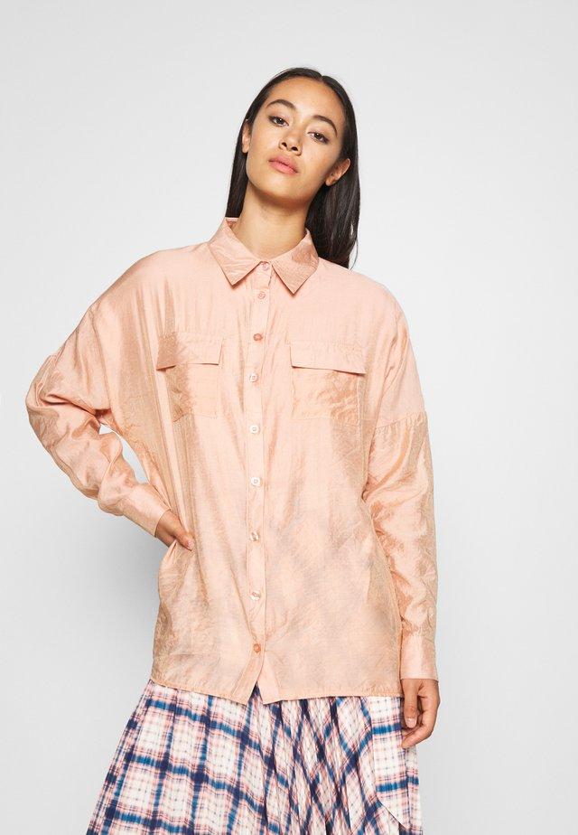 POCKET FRONT OVERSIZED - Button-down blouse - orange
