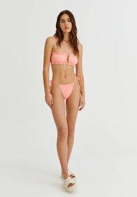 PULL&BEAR - Bikini top - coral - 1