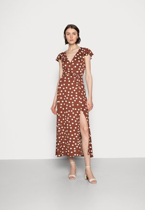 WRAP MIDI DRESS - Denní šaty - brown/white