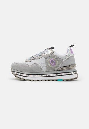 MAXI  - Sneakersy niskie - silver
