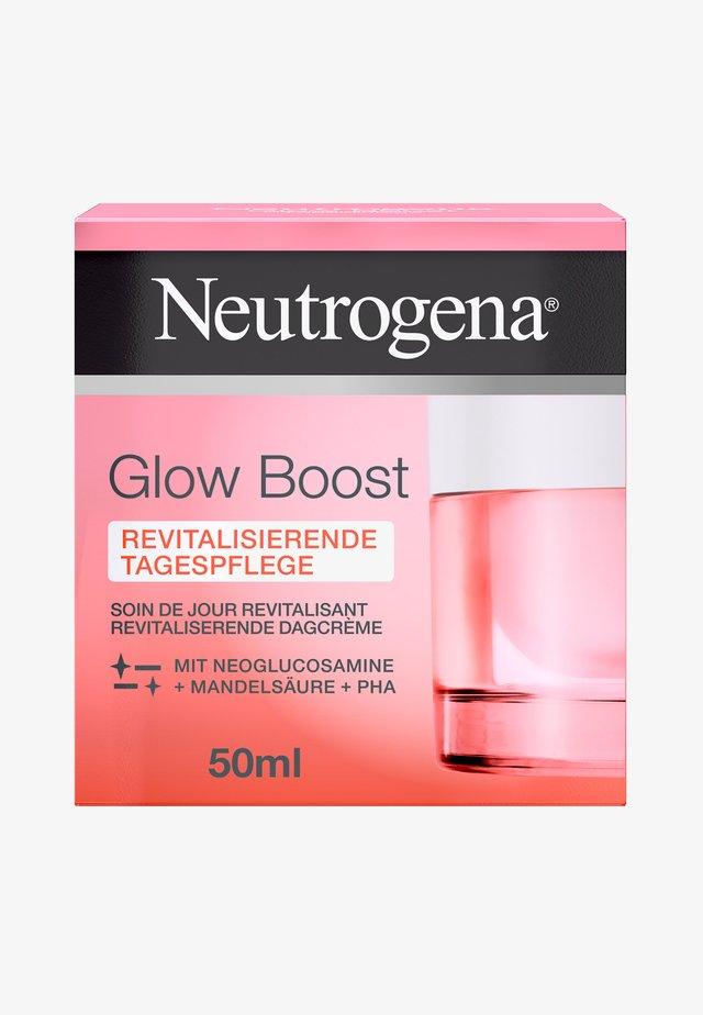 GESICHTSPFLEGE GLOW BOOST REVITALISIERENDE TAGESPFLEGE - Face cream - -