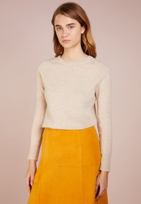 pure cashmere - CLASSIC CREW NECK  - Sweter - oatmeal - 0