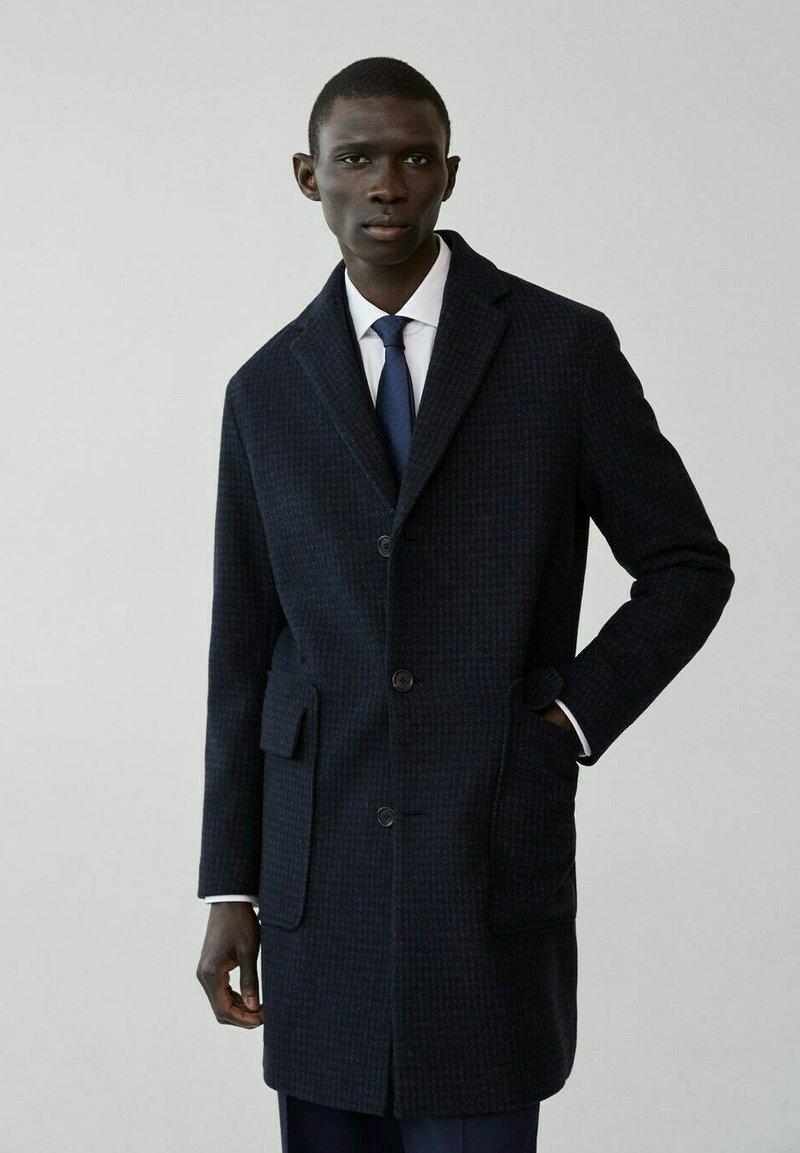 Mango - DART-I - Manteau classique - dunkles marineblau